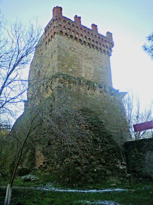 Феодосия. Башня Константина.